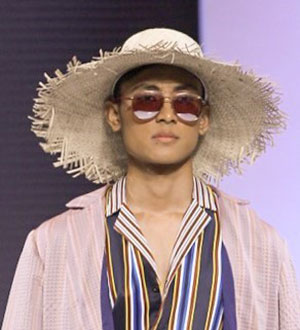 Perfect Collaboration of Optik Seis and Indonesian Designers at Jakarta Fashion Week 2019